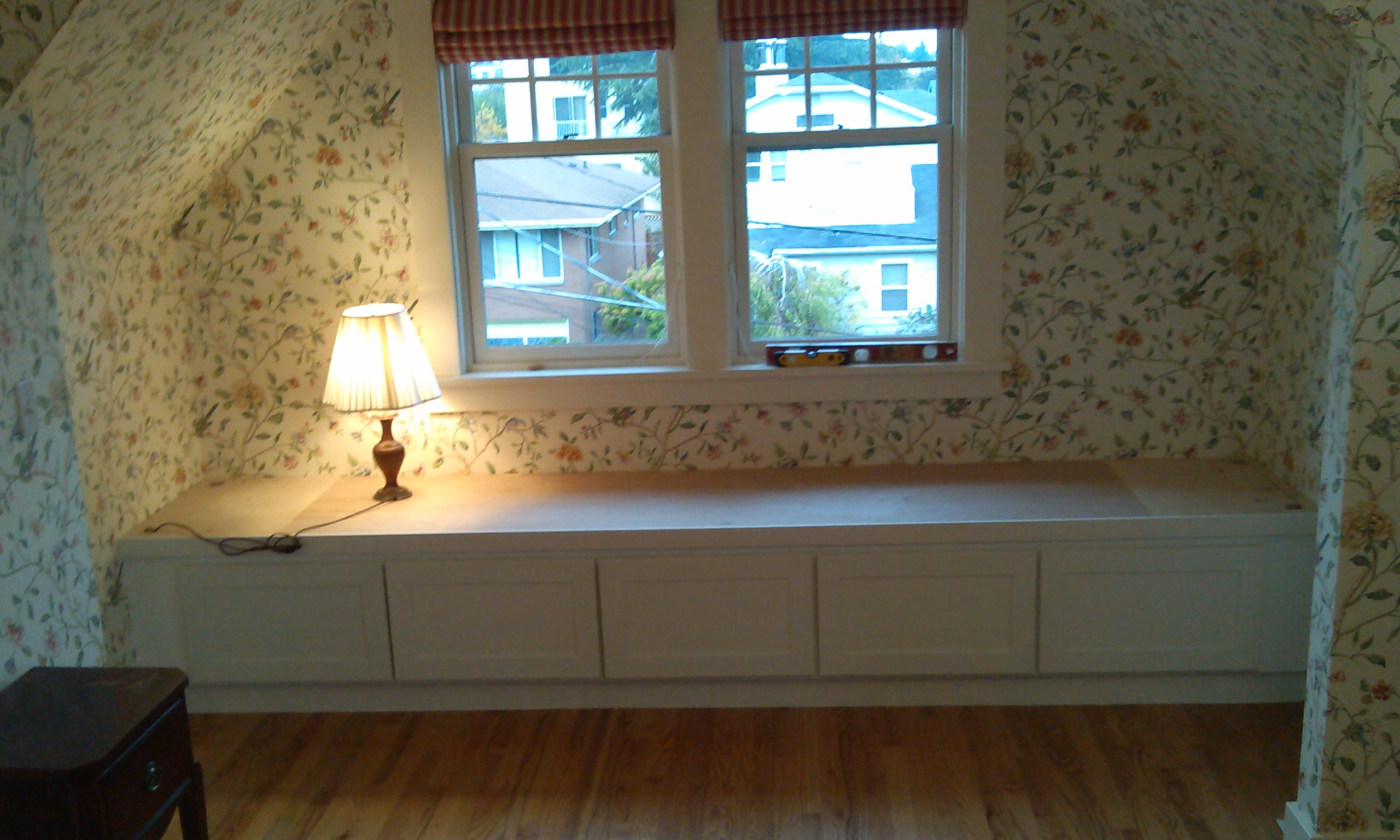 How To Build A Window Bench Seat With Storage Plans how to make strong ...